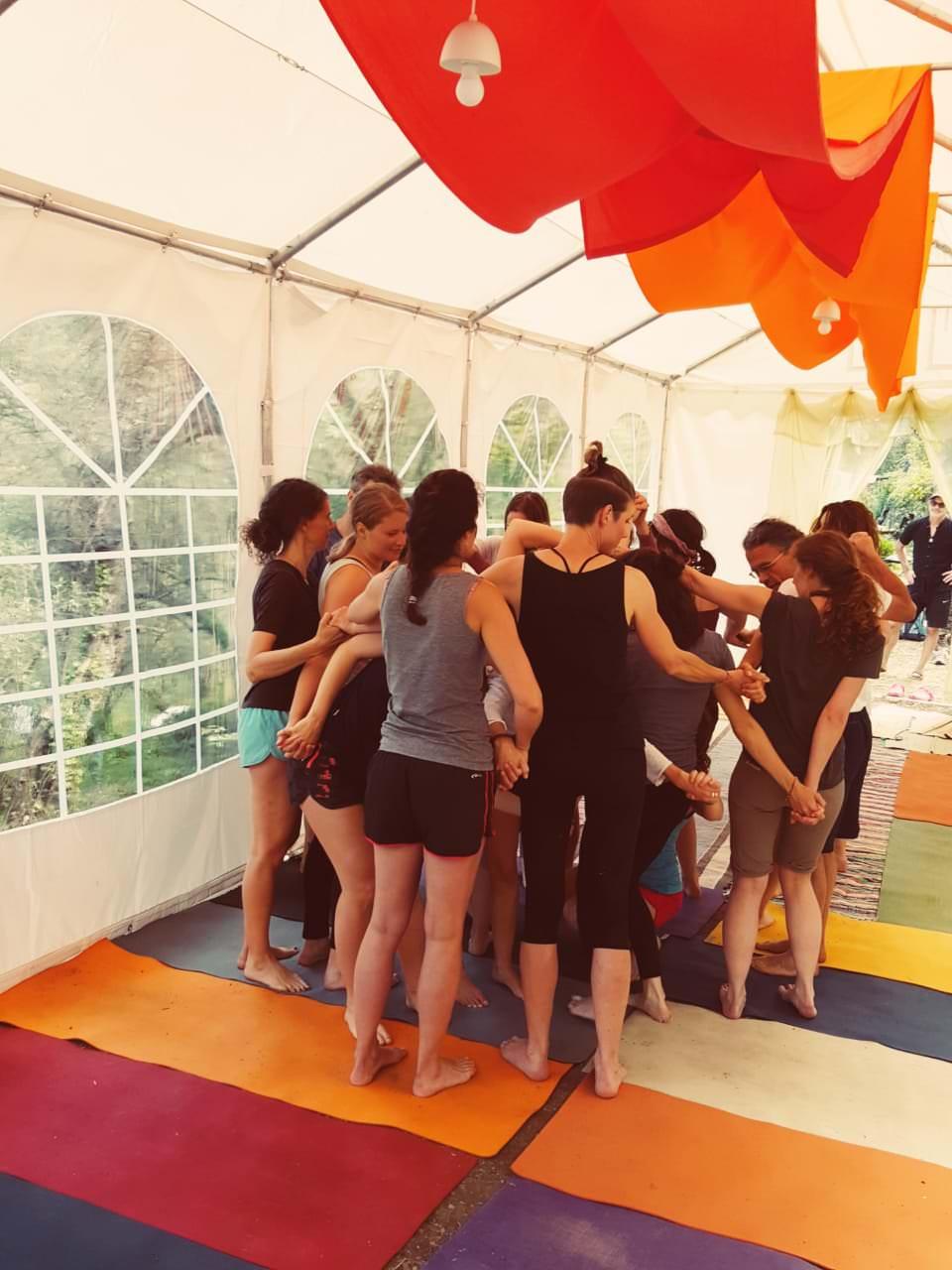Yoga Ausbildung kundalinipirates